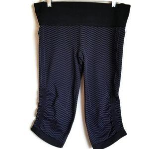 lululemon in the flow crop ll leggings size 10